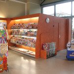 Zeitschriftenregal Kiosk Einrichtung Ref01