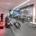Fahrrad-Ladeneinrichtung-Ladenbau