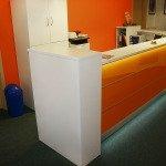 Praxis-Einrichtung-Empfangstheke-Büromöbel-03